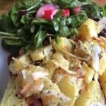 kräutercremekartoffeln mit Salat